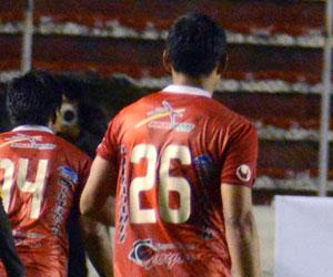 Universitario domina la tabla del torneo, Ferreira la de los goleadores