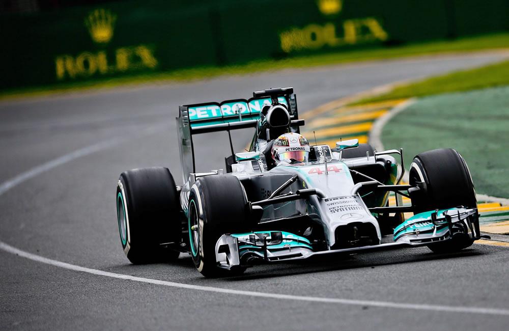 El piloto británico Lewis Hamilton durante la preclasificación del Gran Premio de Australia. Foto: EFE