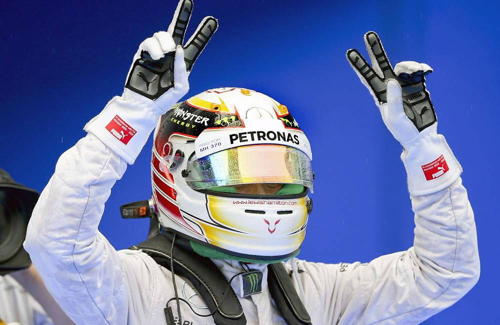 El piloto británico Lewis Hamilton saldrá primero en el Gran Premio de Malasia. Foto: EFE