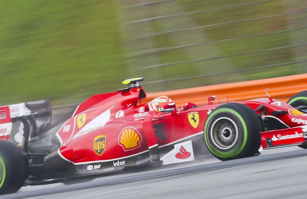 El piloto finlandés Kimmi Raikkonen durante la preclasificación del Gran Premio de Malasia. Foto: EFE