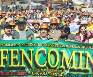 Mineros abandonan el diálogo con el Gobierno sobre proyecto de Ley Minera