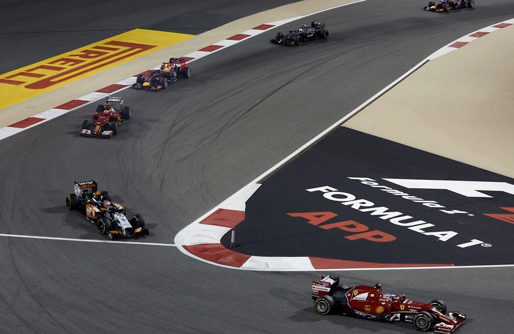 El piloto español Fernando Alonso durante el Gran Premio de Baréin. Foto: EFE