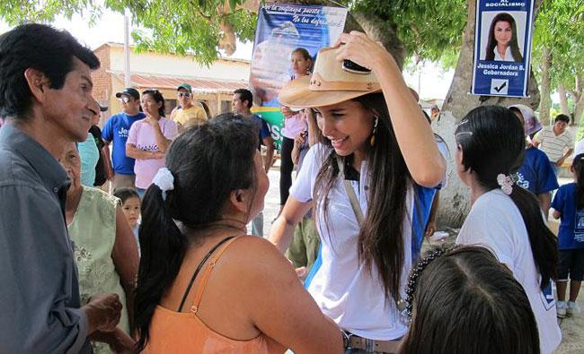 Jessica Jordan cuando realizaba su campaña por le gobernación de Beni. Foto: ABI