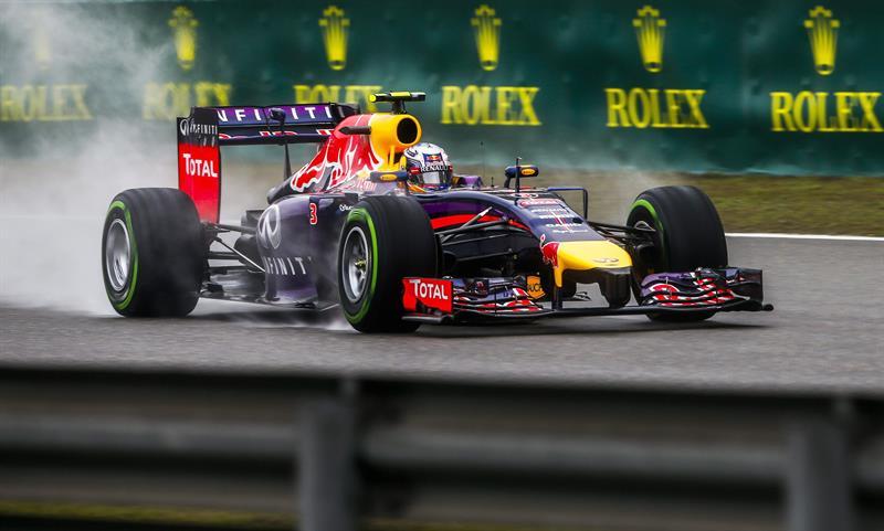 El piloto australiano Daniel Ricciardo durante la preclasificación del Gran Premio de China. Foto: EFE
