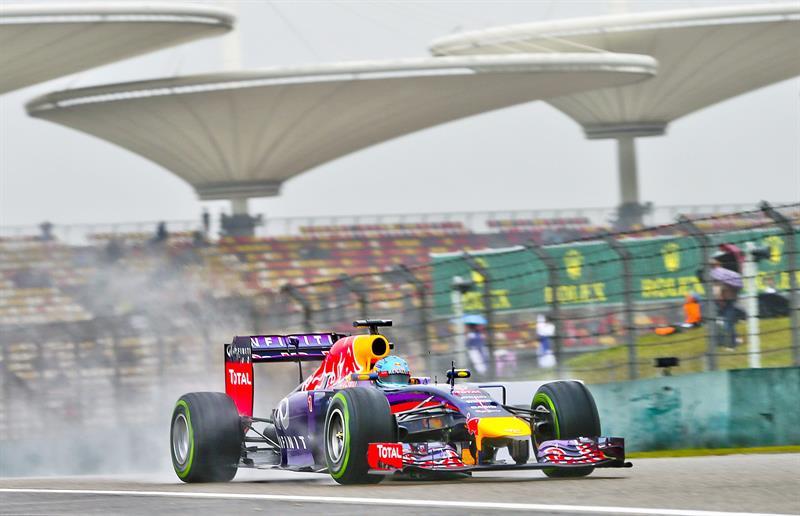 El piloto alemán Sebastian Vettel durante la preclasificación del Gran Premio de China. Foto: EFE