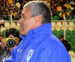 Clausen, DT de Sport Boys, asegura que Evo Morales intervendrá en 4 partidos