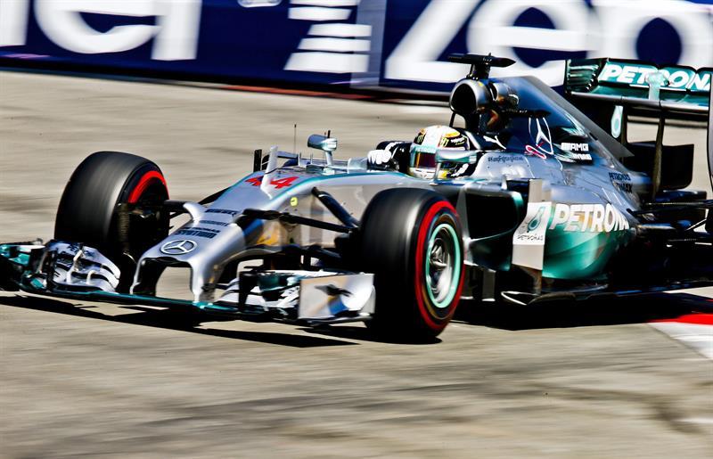 El piloto Lewis Hamilton durante la clasificación del Gran Premio de Mónaco. Foto: EFE