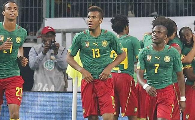 La selección de Camerún se niega a viajar por desacuerdo en las primas. Foto: EFE