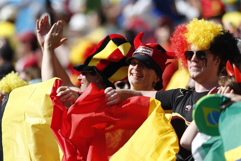 Aficionados belgas al finalizar el partido Bélgica-Argelia, del Grupo H del Mundial de Fútbol de Brasil 2014. Foto: EFE