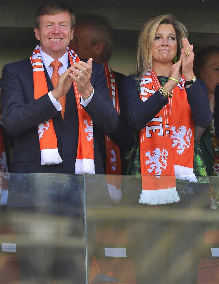 Dutch King Willem-Alexander and Queen Maxima pictured before kick-off of the FIFA World Cup 2014 group B. EFE
