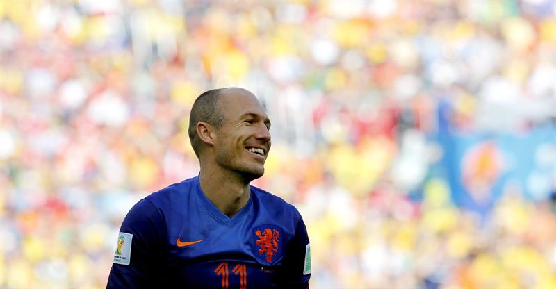 Arjen Robben of the Netherlands reacts during the FIFA World Cup 2014 group B. EFE