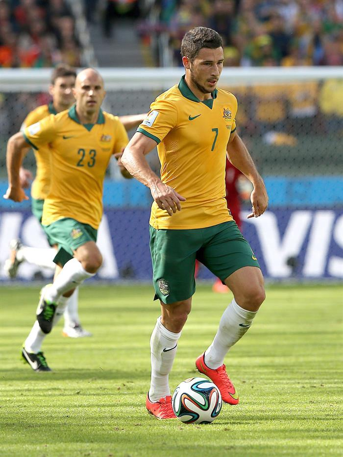 Mathew Leckie of Australia in action during the FIFA World Cup 2014 group B. EFE