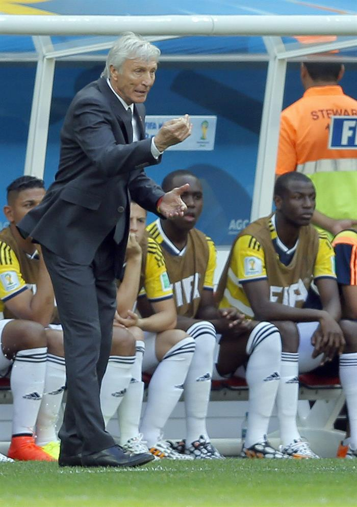 Colombia's coach Jose Pekerman in action during the FIFA World Cup 2014 group C. EFE