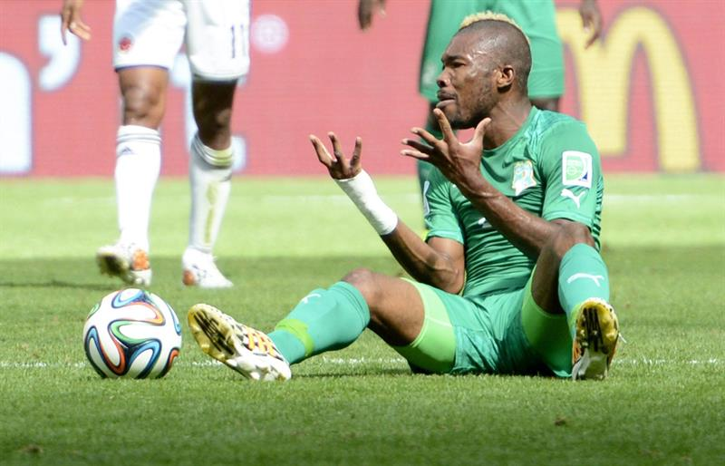 Ivory Coast's Die Serey gestures on the pitch during FIFA World Cup 2014 group C. EFE