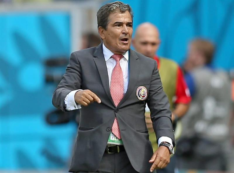 Costa Rica's Colombian head coach Jorge Luis Pinto reacts during the FIFA World Cup 2014 group D. EFE
