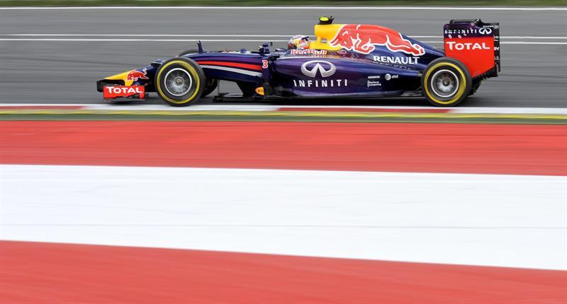 El piloto australiano Daniel Ricciardo durante la clasificación dle Gran Premio de Austria. Foto: EFE