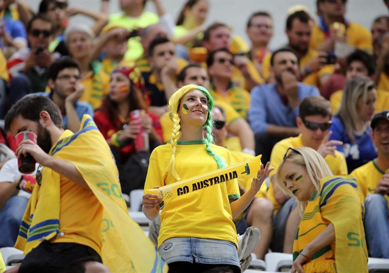 Aficionados australianos durante el partido Australia-España, del Grupo B del Mundial de Fútbol de Brasil 2014. Foto: EFE