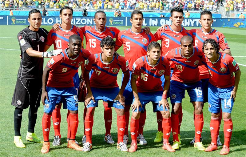 The starting eleven of Costa Rica prior to the FIFA World Cup 2014 group D. EFE