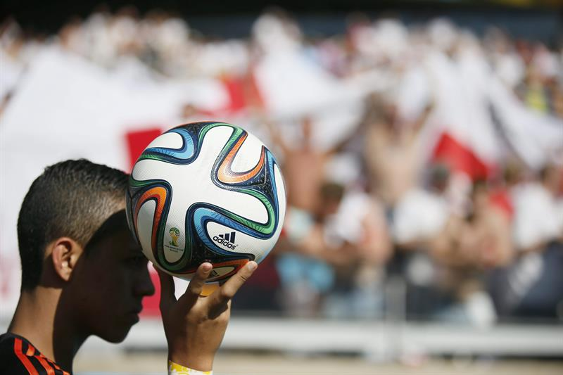 ball boy during the FIFA World Cup 2014 group D preliminary round match between Costa Rica. EFE