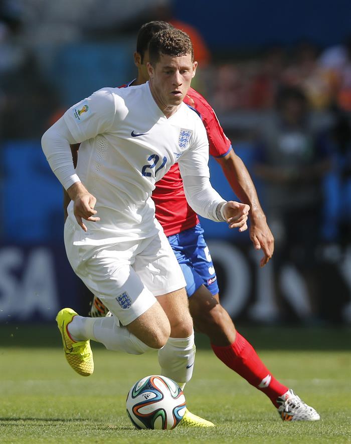 El centrocampista inglés Ross Barkley durante el partido Costa Rica-Inglaterra. EFE
