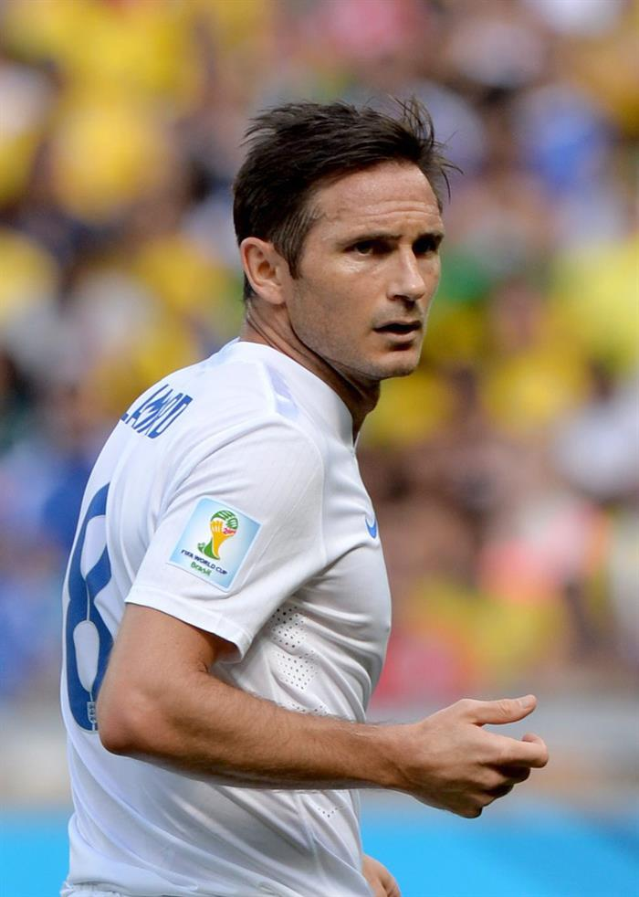 Frank Lampard of England reacts during the FIFA World Cup 2014 group D. EFE