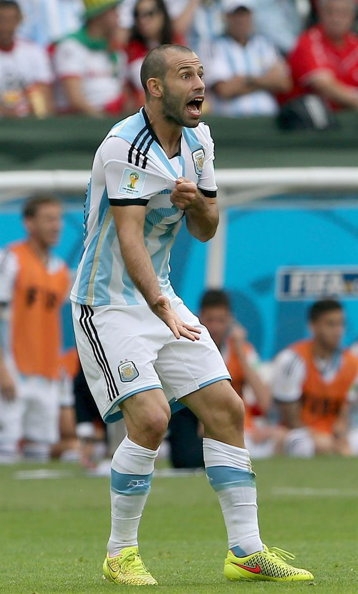 Javier Mascherano of Argentina reacts during the FIFA World Cup 2014 group F. EFE