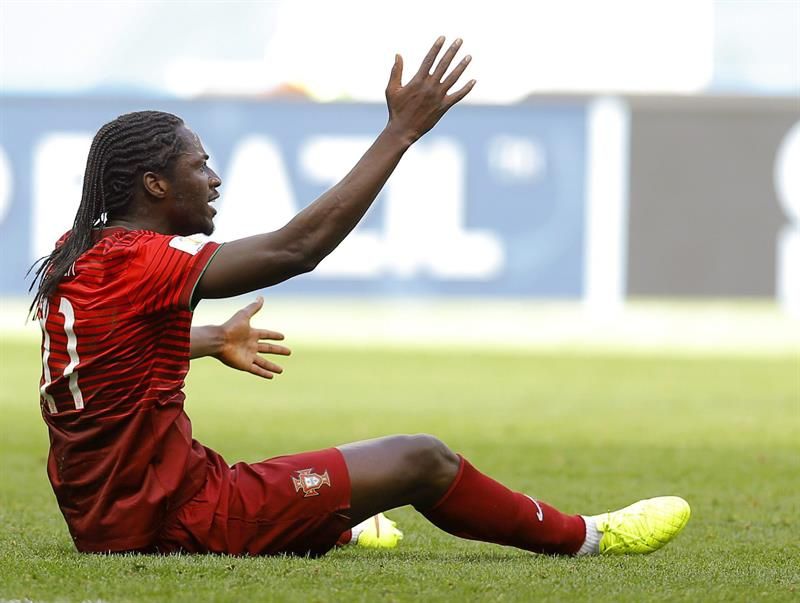 Eder of Portugal reacts during the FIFA World Cup 2014 group G. EFE