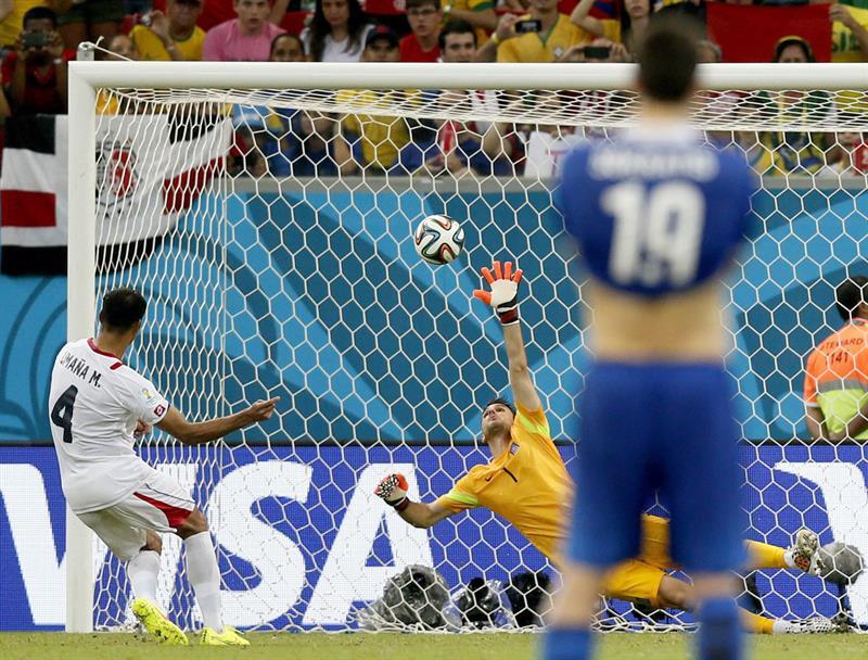La Costa Rica de Pinto igualó 1-1 con Grecia y ganó 5-3 en los penaltis. Foto: EFE.