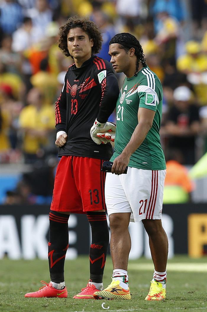 Los jugadores de Holanda celebran su victoria por 2-1 ante México. EFE