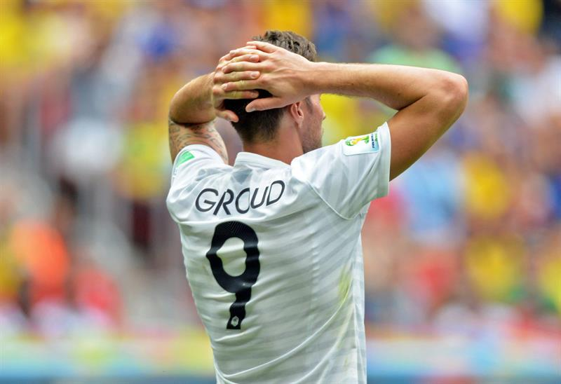 France's Olivier Giroud reacts during the FIFA World Cup 2014 round of 16 match between France and Nigeria at the Estadio Nacional in Brasilia. EFE
