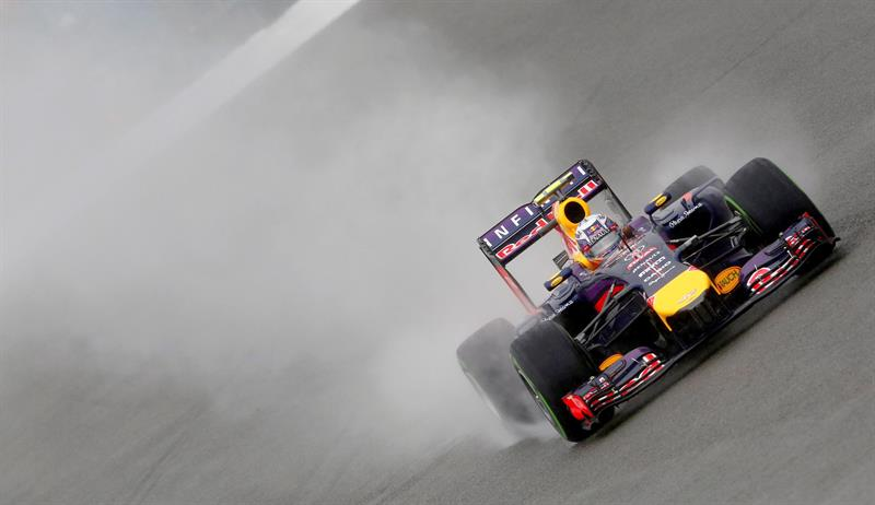 El piloto australiano Daniel Ricciardo durante la clasificación del Gran Premio de Gran Bretaña. Foto: EFE