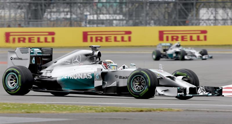 El piloto británico Lewis Hamilton durante la clasificación del Gran Premio de Gran Bretaña. Foto: EFE
