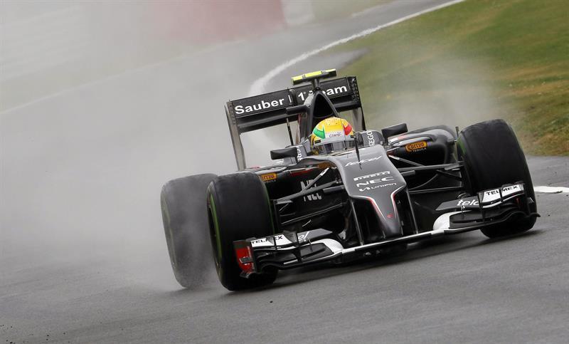 El piloto mexicano Esteban Gutierrez durante la clasificación del Gran Premio de Gran Bretaña. Foto: EFE