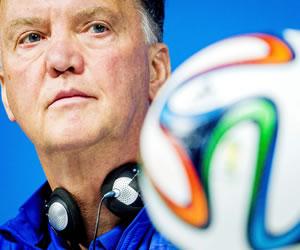 Van Gaal: no queremos que Messi demuestre que es el mejor