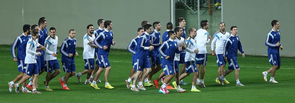 La selección argentina completó sus entrenamientos en el complejo de Cidade do Galo. EFE