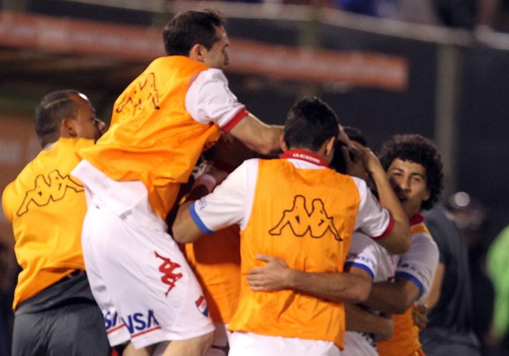 Nacional paraguayo disfruta y espera a San Lorenzo o Bolívar
