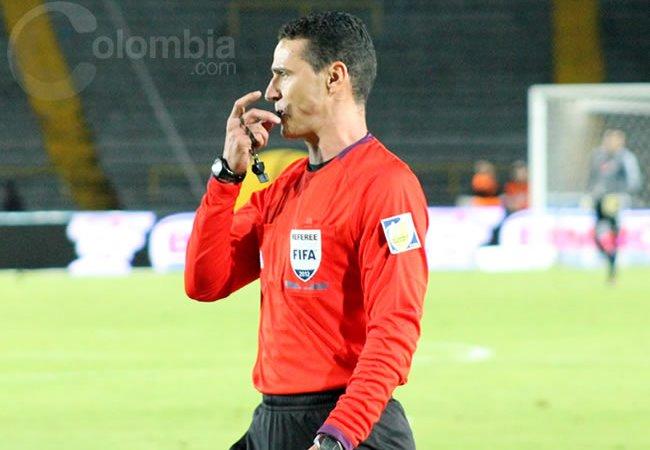 Wilmar Roldán dirigirá en el estadio Defensores del Chaco de Asunción, Paraguay. Foto: Interlatin