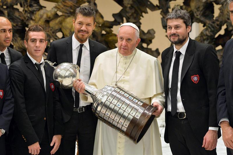 El papa disfruta de la Copa Libertadores