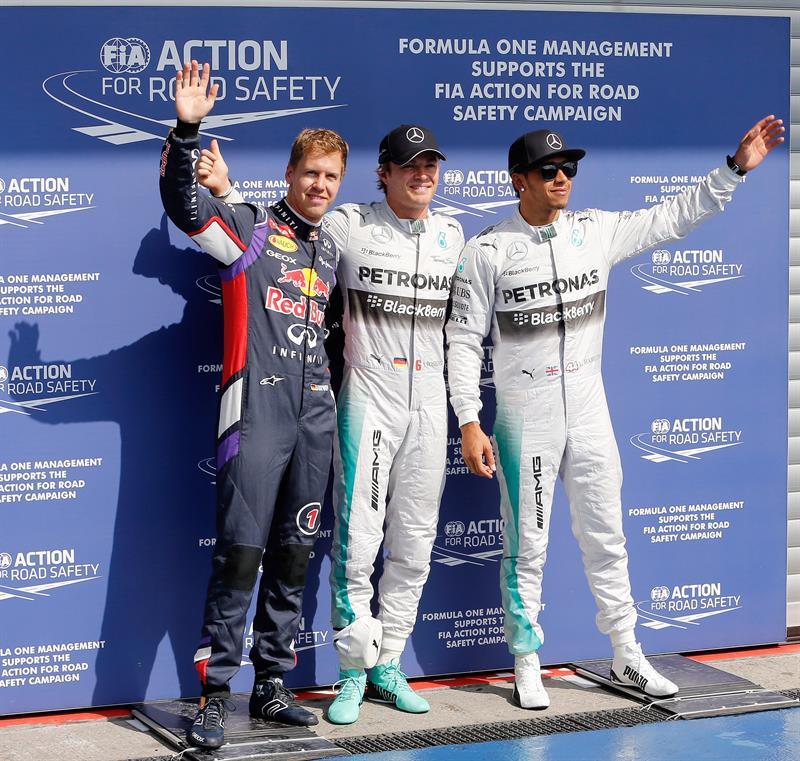 Rosberg vuela sobre mojado y sigue imbatible a una vuelta