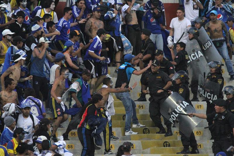 Galería de la salida de Millonarios de la Sudamericana