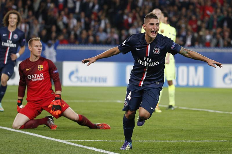 El jugador del París Saint-Germain Marco Verratti (dcha) celebra el segundo gol conseguido ante el portero del FC Barcelona. Foto: EFE