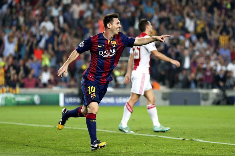 El delantero argentino del FC Barcelona Lionel Messi celebra el gol marcado al Ajax de Amsterdam. Foto: EFE