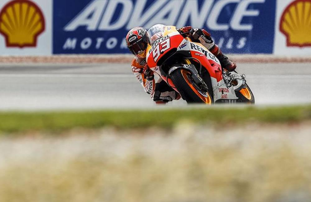 Pleno español en MotoGP con la lluvia como protagonista