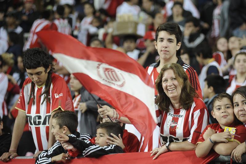 Las imágenes de triunfo de River sobre Estudiantes en La Plata