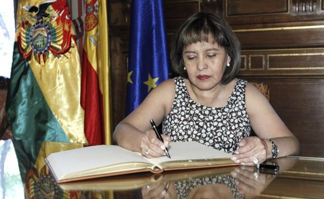 La ministra boliviana de Transparencia y Lucha contra la Corrupción, Nardi Suxo. Foto: EFE