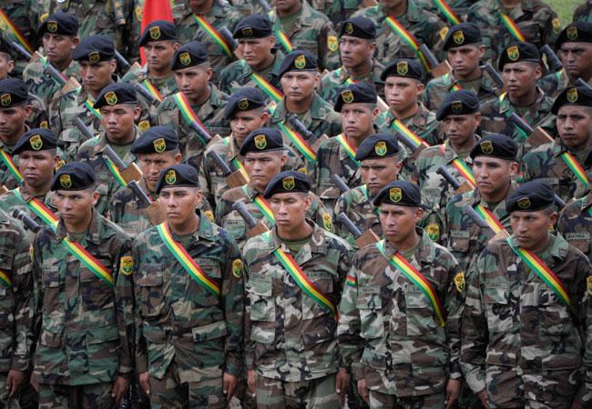 Efectivos de una de las fuerzas de lucha contra el narcotráfico. Foto: ABI