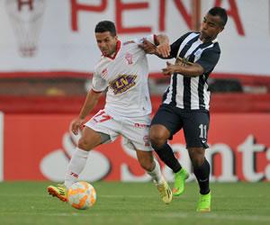 Huracán sella su pasaporte a la fase de grupos tras igualar con Alianza Lima