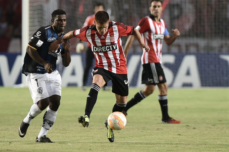 Estudiantes goleó a Independiente y clasifica a fase de grupos
