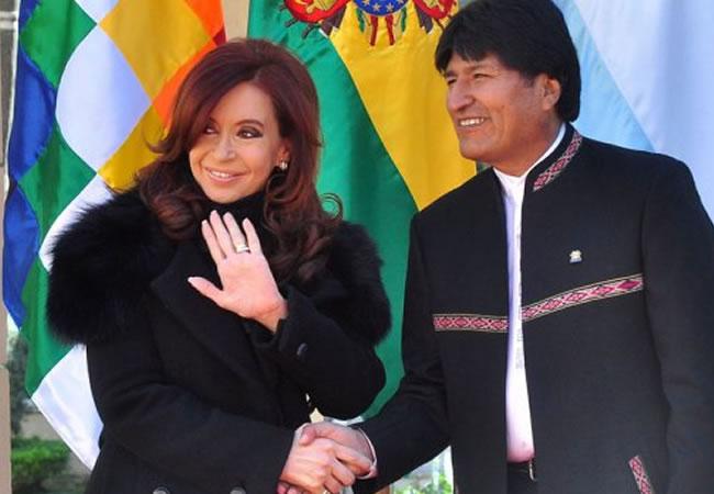 Presidenta de Argentina, Cristina Fernández y Presidente Evo Morales. Foto: EFE