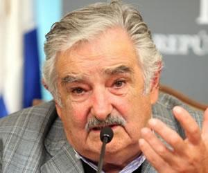 "Que Bolivia tenga salida al mar es un ""derecho natural"", dice Mujica"